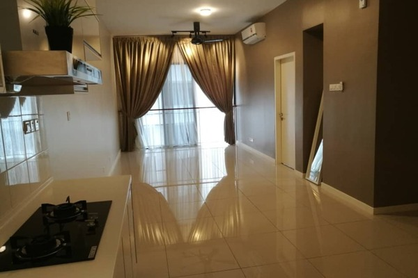 Condominium For Rent in Renai Jelutong Residences, Bukit Jelutong Freehold Semi Furnished 2R/2B 1.9k