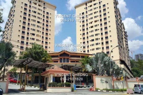 Condominium For Sale in Putra Villa, Gombak Freehold Semi Furnished 3R/2B 348k