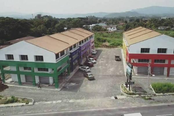 Shop For Sale in Tuaran Impian Apartment, Kota Kinabalu Freehold Unfurnished 0R/0B 899k