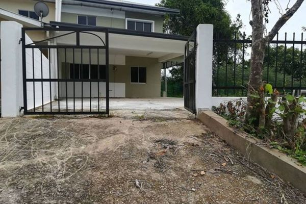 Terrace For Sale in Taman Muhibbah, Sipitang Leasehold Unfurnished 3R/2B 330k