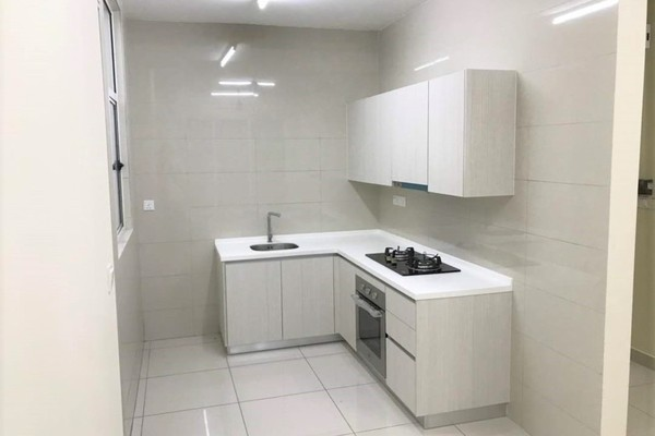 Condominium For Rent in Green Residence, Cheras South Freehold Semi Furnished 3R/2B 1.6k