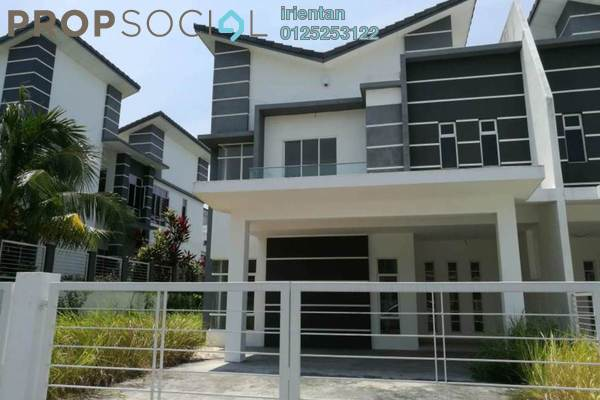 Semi-Detached For Sale in Greenhill Residence, Shah Alam Freehold Unfurnished 5R/4B 1.1m