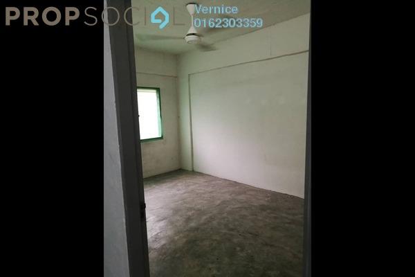 Apartment For Rent in Taman Bukit Mewah, Kajang Freehold Unfurnished 2R/1B 480translationmissing:en.pricing.unit