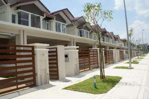 Terrace For Rent in Opulenia, Denai Alam Freehold Semi Furnished 4R/4B 2k