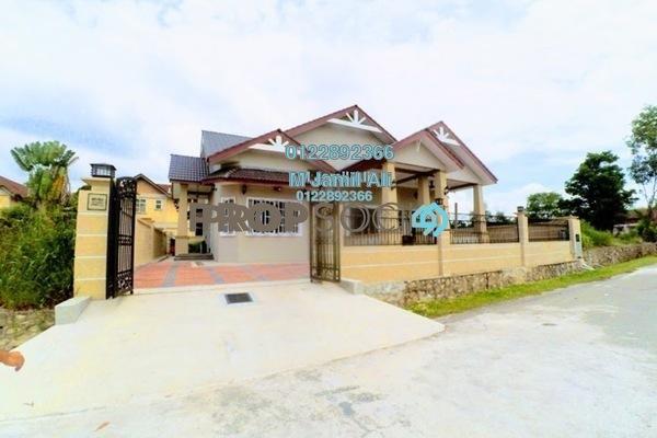 For Sale Bungalow at Laman Jasmin, Kota Seriemas Freehold Semi Furnished 3R/3B 1.2m