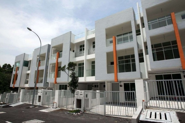 Townhouse For Sale in Chestwood Terrace, Bandar Utama Freehold Fully Furnished 3R/2B 700k