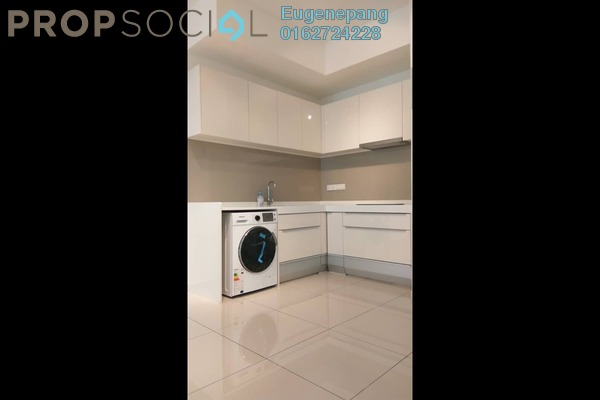 Serviced Residence For Sale in D'Sara Sentral, Sungai Buloh Freehold Semi Furnished 2R/1B 580k