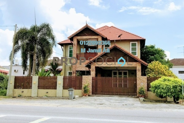 For Sale Bungalow at Taman Banang Ria, Batu Pahat Freehold Semi Furnished 6R/6B 1.2m