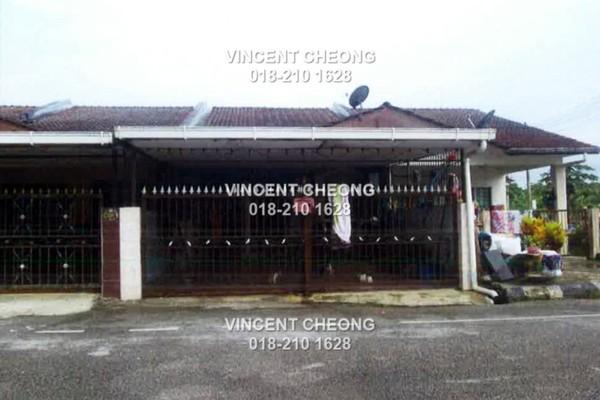 Terrace For Sale in Taman Samarindah, Kota Samarahan Freehold Semi Furnished 3R/2B 144k