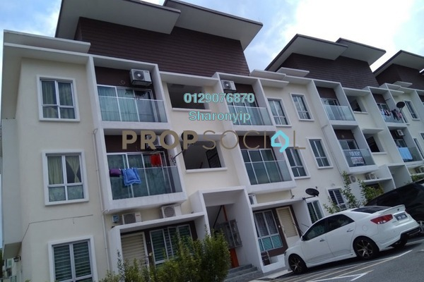 Townhouse For Rent in Mahkota Villa, Bandar Mahkota Cheras Freehold Unfurnished 3R/2B 950translationmissing:en.pricing.unit