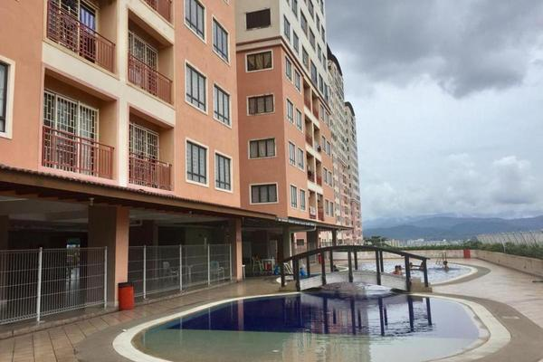 Villa For Rent in Glen View Villa, Cheras Freehold Unfurnished 3R/2B 1.2k
