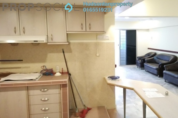 Condominium For Sale in Vantage Point, Desa Petaling Freehold Semi Furnished 3R/2B 280k