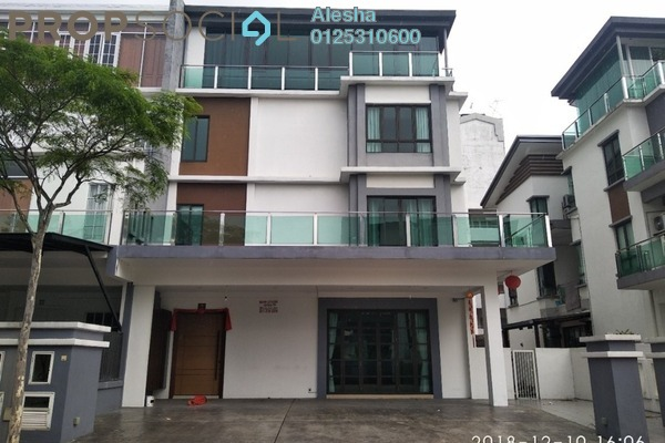 Semi-Detached For Sale in Taman Putra Sulaiman, Ampang Freehold Unfurnished 0R/0B 1.89m