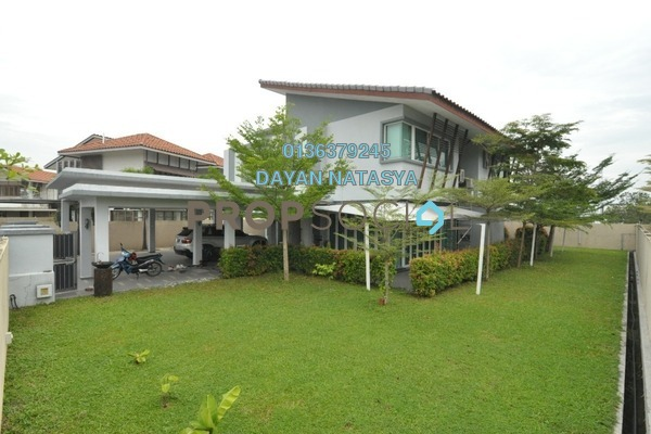 Bungalow For Sale in Banyan Close, Bandar Bukit Mahkota Freehold Semi Furnished 5R/5B 2.45m