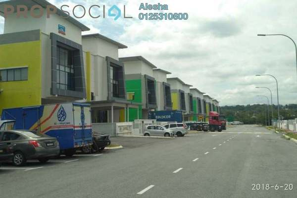 Semi-Detached For Sale in Taman Perindustrian SIS 228, Beranang Freehold Unfurnished 0R/0B 1.53m