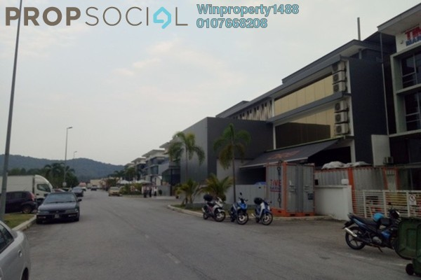 Factory For Sale in Lake View Suites, Tebrau Freehold Unfurnished 0R/0B 3.9m