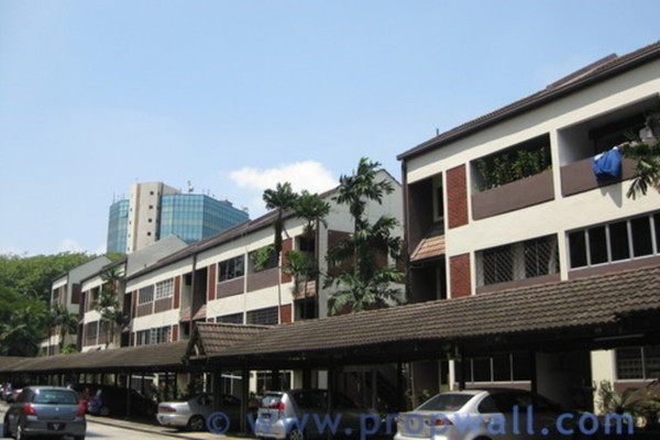 Condominium For Sale in Faber Ria, Taman Desa Freehold Semi Furnished 2R/2B 550k