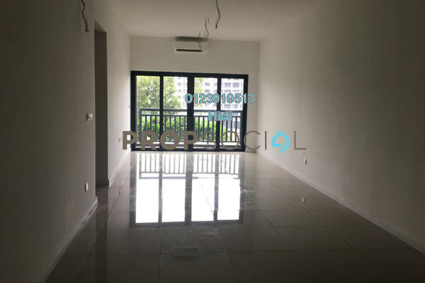 Serviced Residence For Sale in Suria Residence, Bukit Jelutong Freehold Semi Furnished 3R/2B 760k