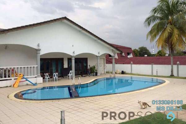 Bungalow For Sale in Section 3, Shah Alam Freehold Semi Furnished 5R/7B 2.6m