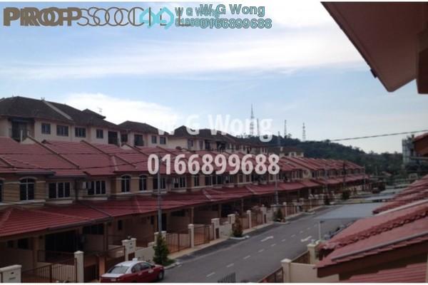For Rent Terrace at Taman Sri Putra 2, Sungai Buloh Freehold Semi Furnished 4R/3B 1.25k