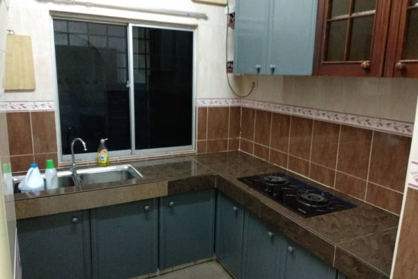 Terrace For Rent in PU12, Bandar Puchong Utama Freehold Unfurnished 4R/2B 1.31k