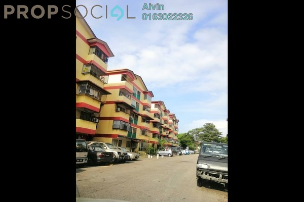 Apartment For Sale in Flora Green, Bandar Sungai Long Freehold Semi Furnished 2R/1B 178k