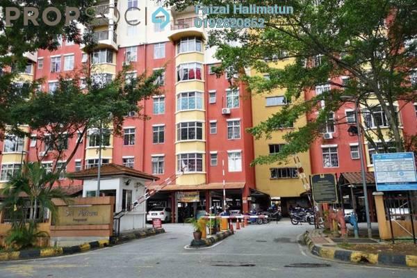 Apartment For Sale in Sri Astana, Batu Caves Freehold Semi Furnished 4R/2B 320k