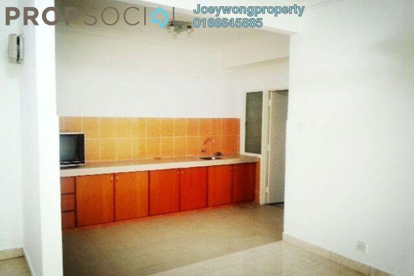 Apartment For Sale in Villamas Apartment, Bandar Puchong Jaya Freehold Semi Furnished 3R/2B 400k