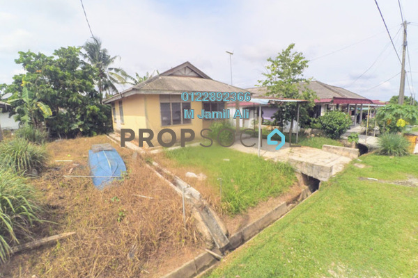 Bungalow For Sale in Kampung Masjid Lama, Kluang Leasehold Unfurnished 2R/1B 150k