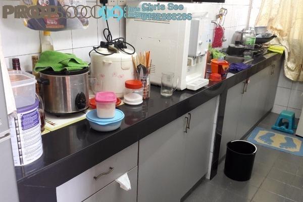 Apartment For Sale in Sri Meranti, Bandar Sri Damansara Freehold Semi Furnished 3R/2B 188k