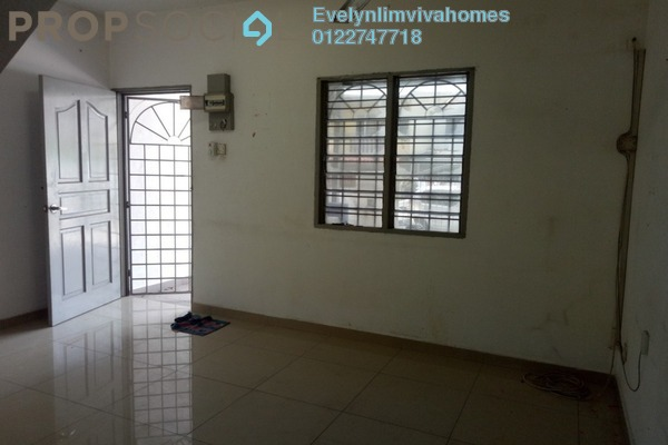 Terrace For Sale in Taman Usaha Jaya, Kepong Freehold Unfurnished 2R/1B 320k