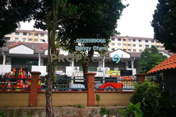 Shop For Sale in USJ 16, UEP Subang Jaya Freehold Unfurnished 0R/0B 250k