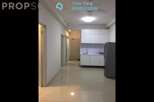 Condominium For Sale in Centrestage, Petaling Jaya Freehold Unfurnished 2R/2B 380k