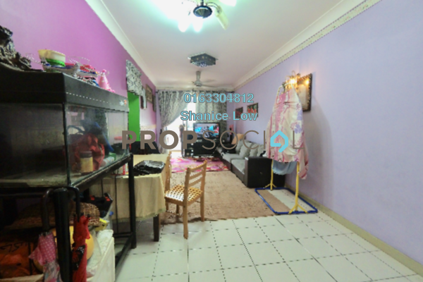 Apartment For Sale in D'Cahaya Apartment, Bandar Puchong Jaya Freehold Semi Furnished 3R/2B 340k