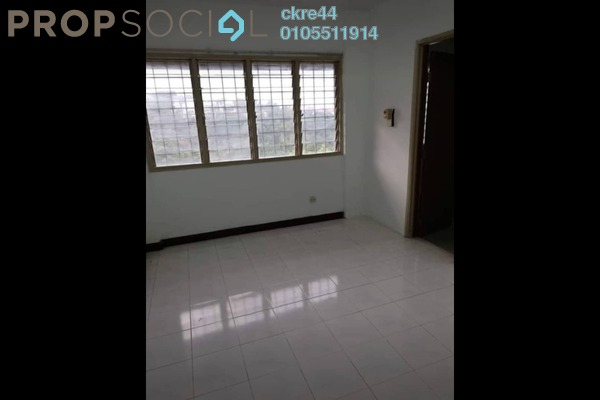 Apartment For Sale in Segar Apartments, Cheras Freehold Semi Furnished 3R/2B 280k