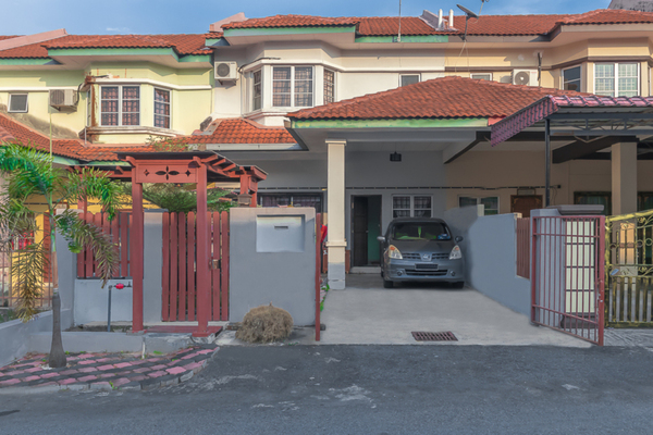 Terrace For Sale in Taman Alamanda, Senawang Freehold Unfurnished 4R/3B 340k