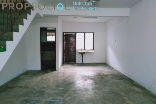 Terrace For Sale in Taman Usaha Jaya, Kepong Freehold Unfurnished 3R/1B 325k