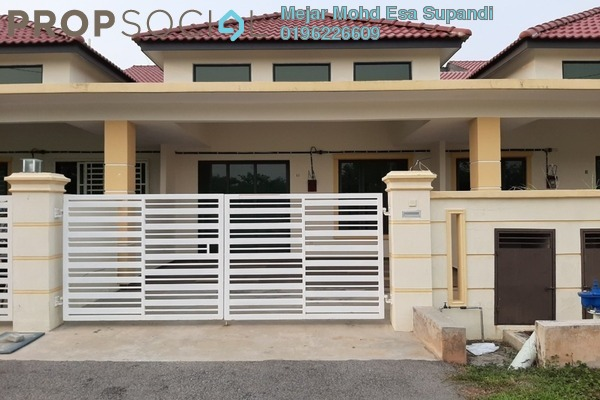 Terrace For Sale in Taman Putera Indah, Muar Freehold Unfurnished 4R/2B 330k
