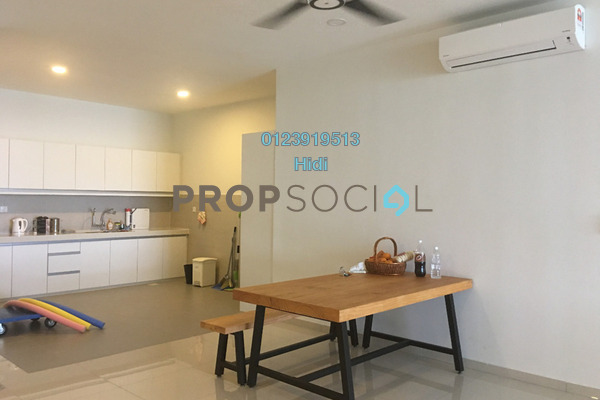 Condominium For Sale in X2 Residency, Puchong Freehold Semi Furnished 4R/5B 700k