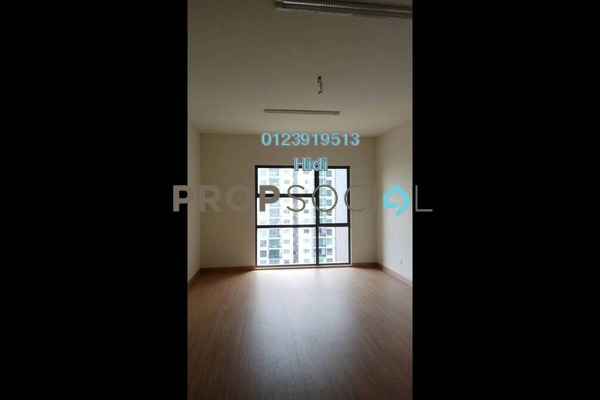 Condominium For Sale in X2 Residency, Puchong Freehold Unfurnished 4R/5B 680k