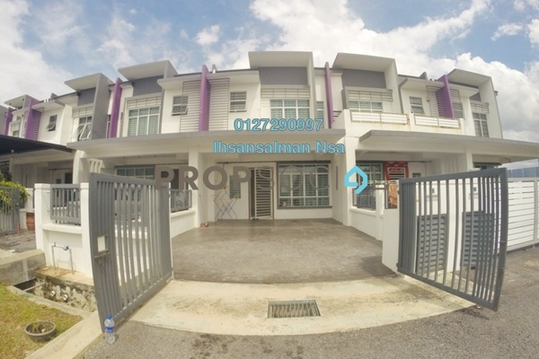 Terrace For Sale in Méranti, HillPark Freehold Unfurnished 4R/3B 530k