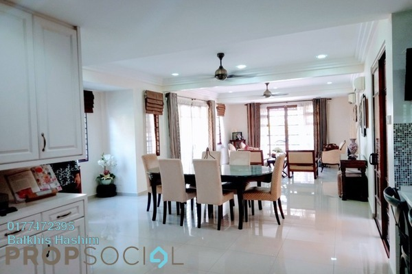 Terrace For Sale in Park Residence, Bukit Jelutong Freehold Semi Furnished 4R/4B 1.9m