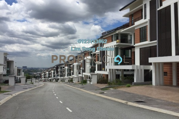 Semi-Detached For Sale in Kingsley Hills, Putra Heights Freehold Unfurnished 5R/6B 2.2m