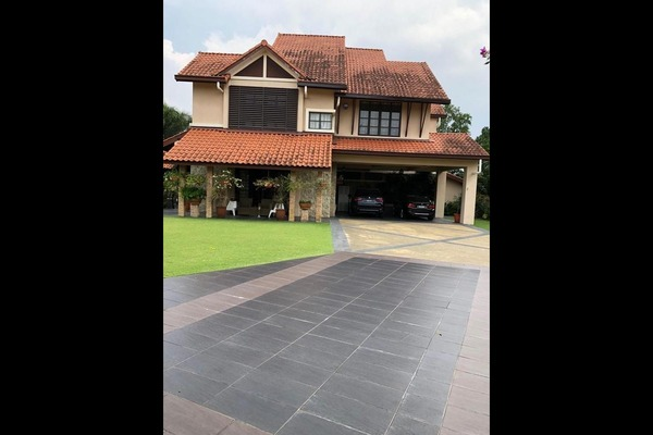 Bungalow For Sale in Bidai Residence, Bukit Jelutong Freehold semi_furnished 7R/8B 4.85m