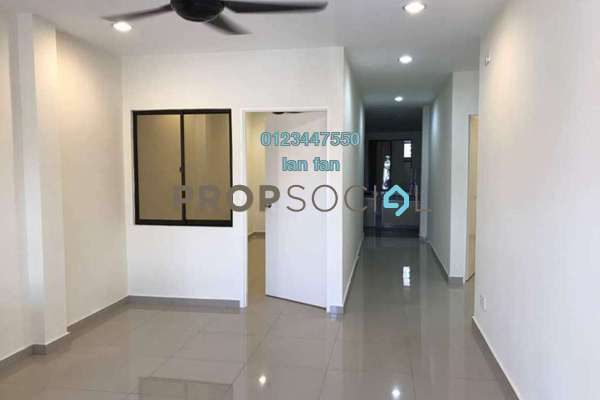 Terrace For Sale in Section 8, Petaling Jaya Freehold Semi Furnished 5R/3B 1.3m