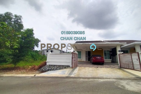 Semi-Detached For Sale in Mon't Jade, Seremban Freehold Semi Furnished 4R/3B 708k