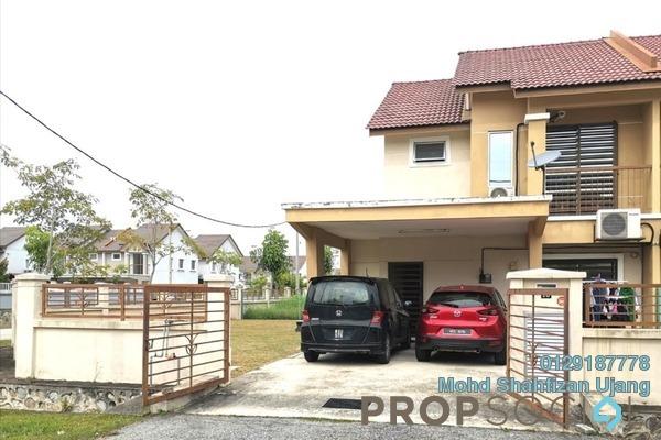 Semi-Detached For Sale in Seksyen 16, Bandar Puncak Alam Freehold Semi Furnished 4R/3B 600k