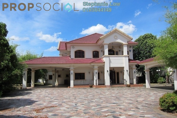 Bungalow For Rent in Glenmarie Courts, Glenmarie Freehold Semi Furnished 8R/8B 14k