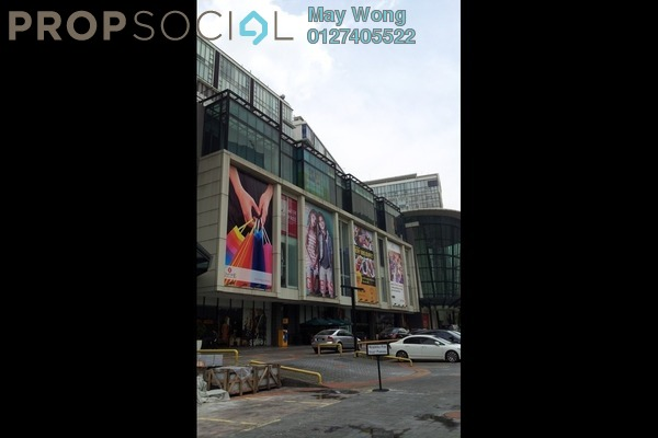 Office For Sale in Empire Subang, Subang Jaya Freehold Semi Furnished 0R/0B 800k