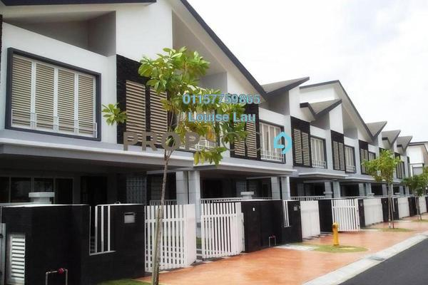 Terrace For Sale in Tiara South, Semenyih Freehold Unfurnished 4R/2B 432k